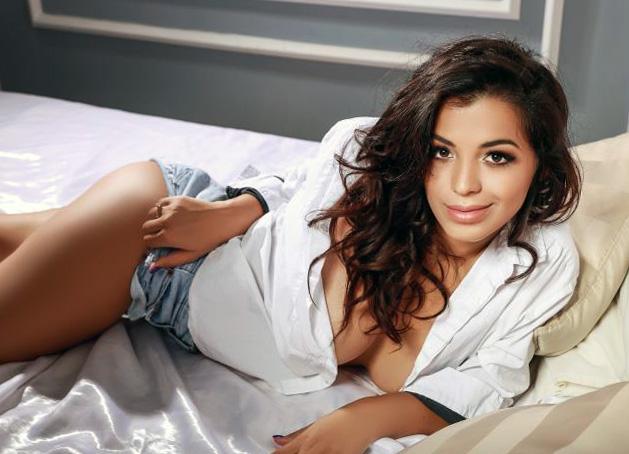 Desirable Melissa